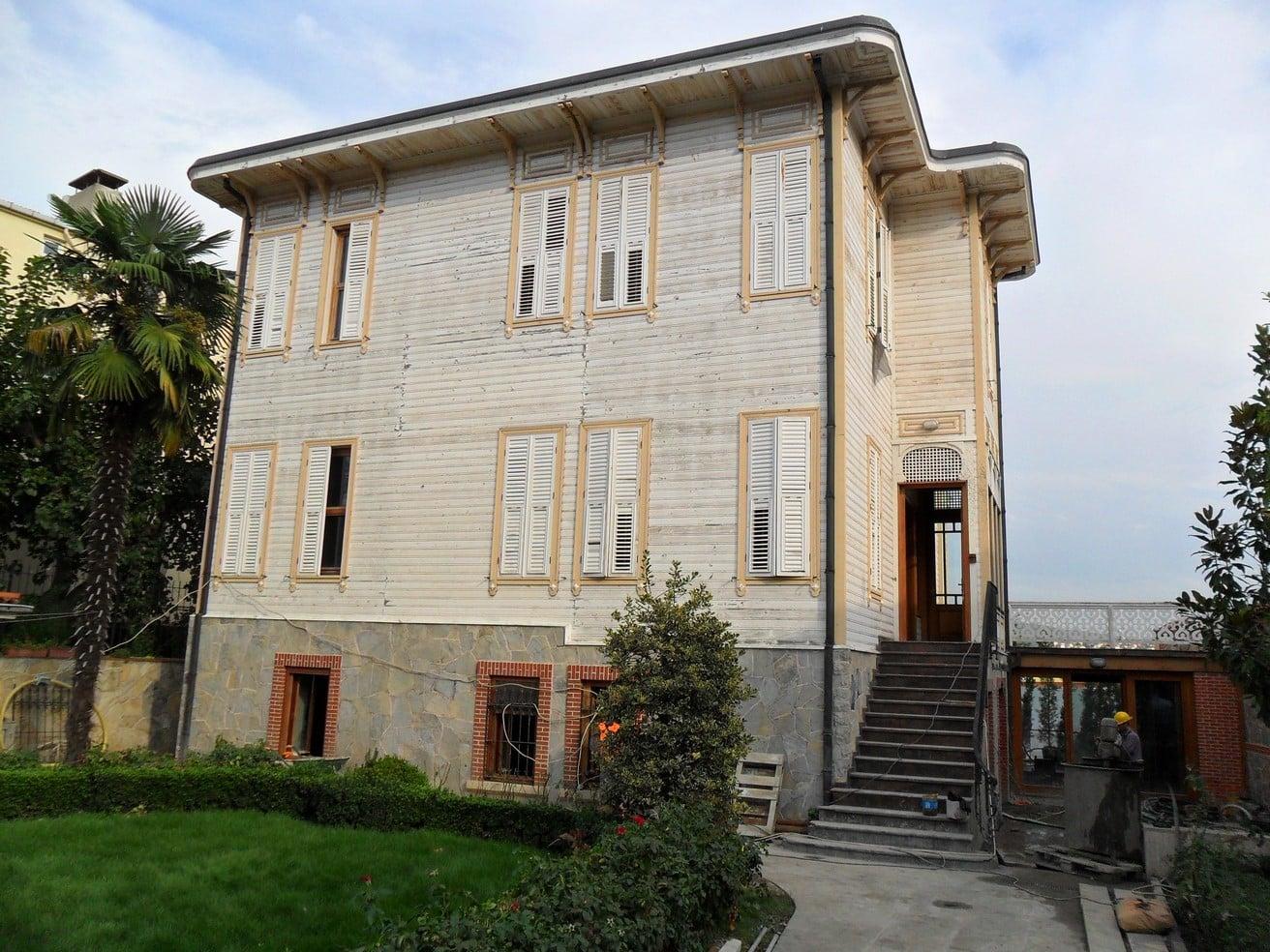 Tarihi Eser Süreyya Paşa Yalısı